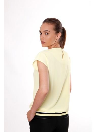 Clıche  Sarı Kolsuz Yaka Pileli Ribanalı Bluz Sarı